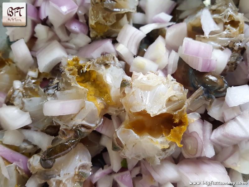 Preparation of Goan Crab Sukkem