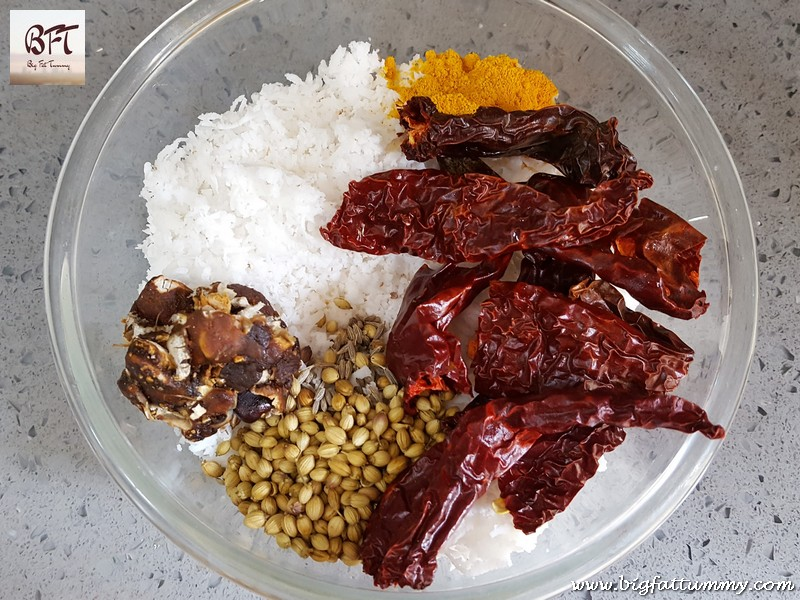 Preparation of Goan Egg Drop Curry