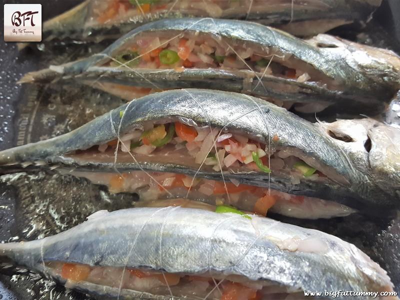 Preparation of Salad Stuffed Mackerels