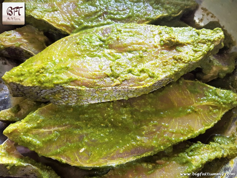black-pomfret-green-masala-rawa-fried-01