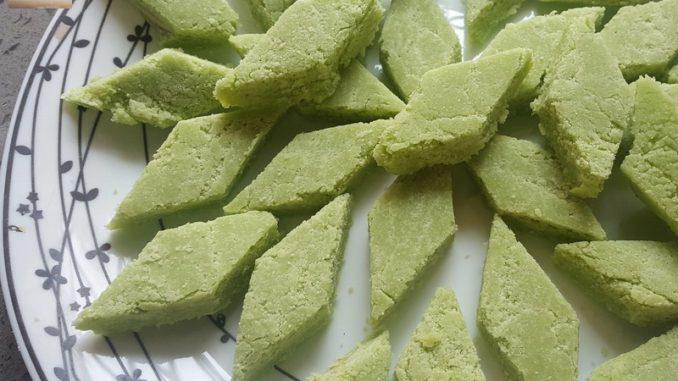 Rawa Cashewnut Coconut Doce (semolina sweet)