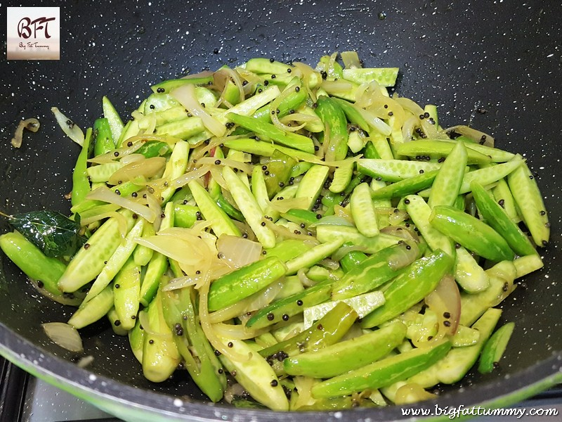 Preparation of Cashewnut Tendli Bhaji (vegetable)