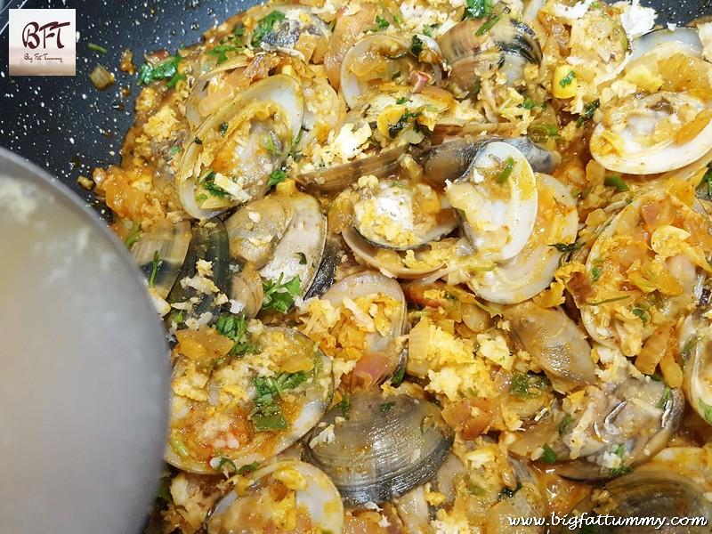 Preparation of ShellFish Sukkem (Goan preparation of Clams / Kube / Tisryo)