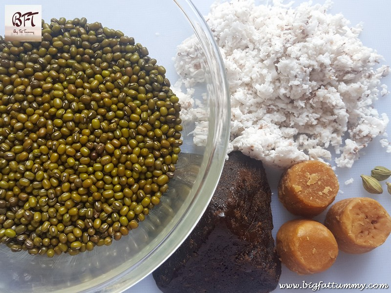 Preparation of Chingya Caldo - A Goan Protein Drink (made with green gram)