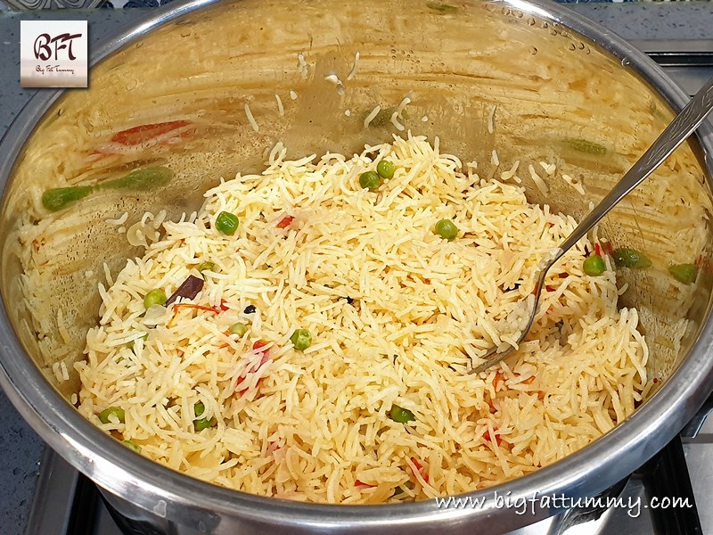 Preparation of Goan Pressure Cooker Pea Pulao