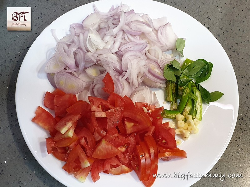 Preparation of Salade Bhaji - a simple Goan watery vegetable prep