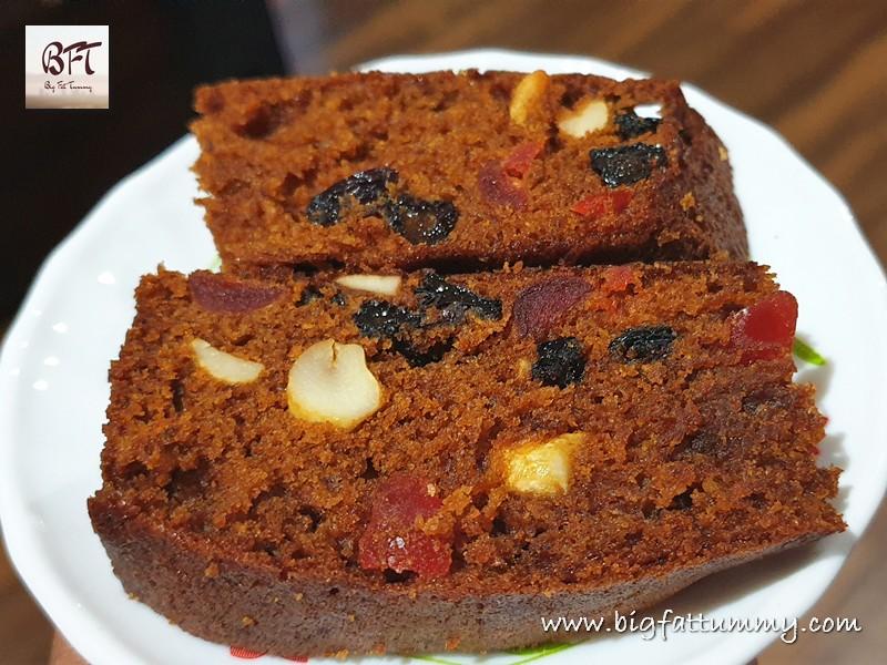 Non-alcoholic Plum Cake