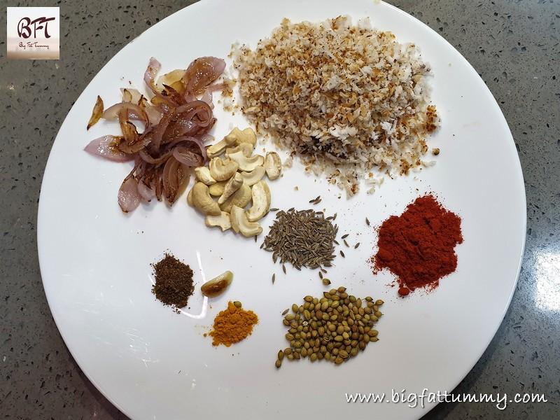Making of Chavli in Coconut-Cashewnut Gravy