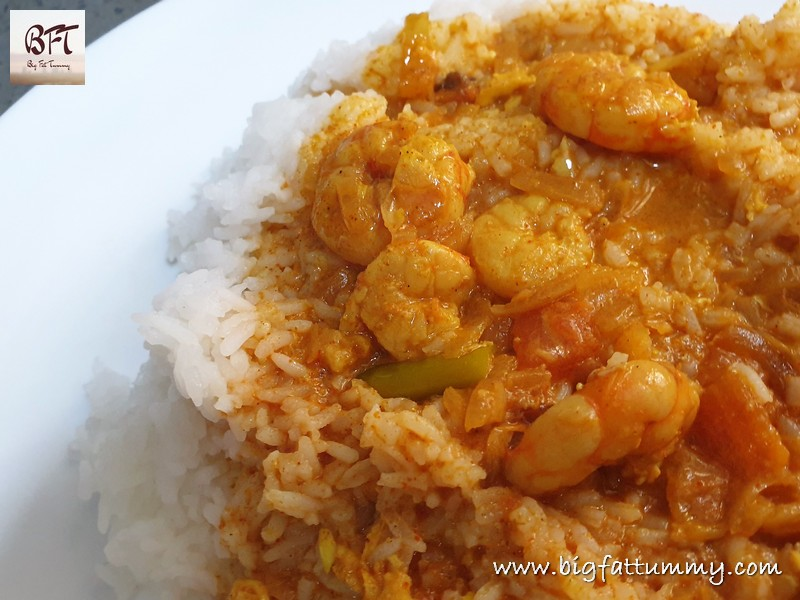 Making of Prawn Curry in a Hurry