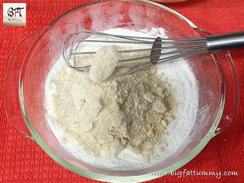Making of Rich Cashewnut Cookies