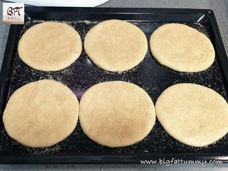 Making of Poee Poi Kundea Bhakri Goan Bread