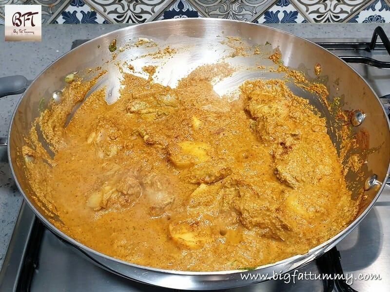 Preparation of Quick Chicken Xacuti