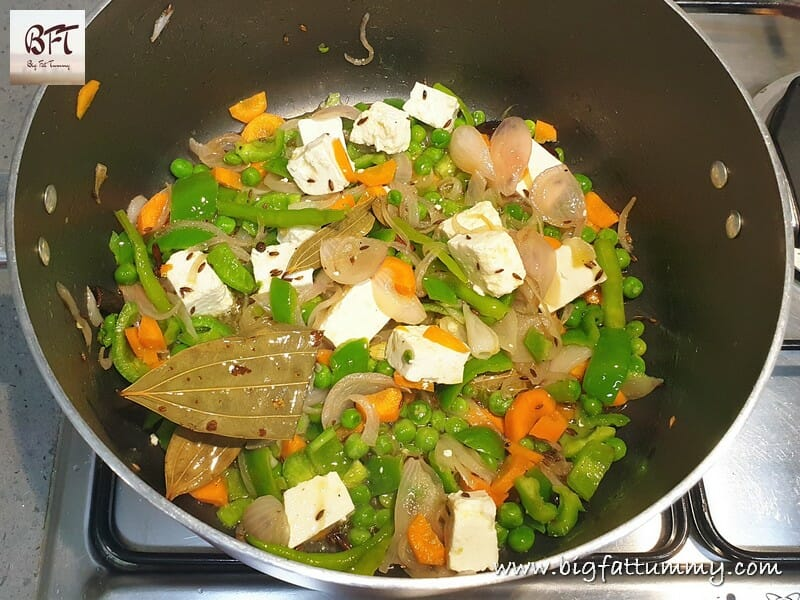 Preparation of One Pot Vegetable Pulao