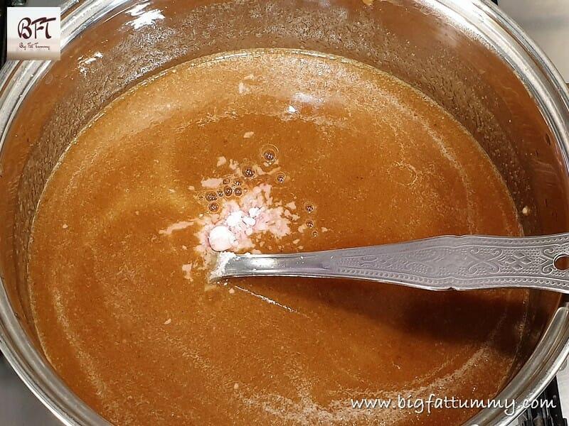 Preparation of Date & Tamarind Chutney