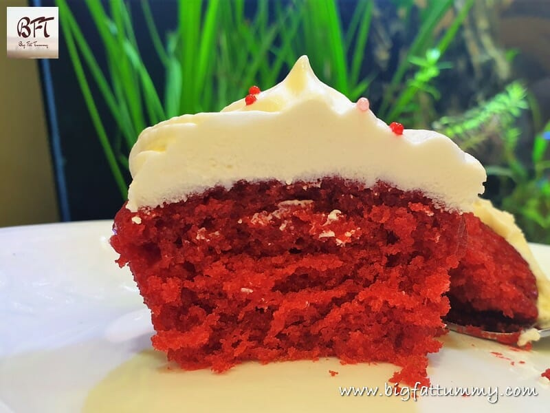 Eggless Red Velvette Cupcakes with Cream Cheese Frosting