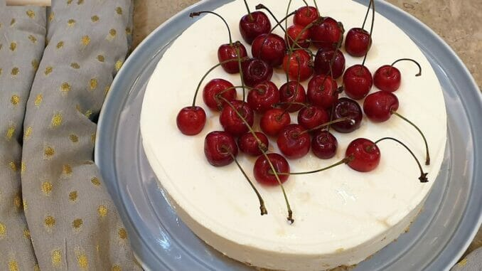 No Bake Yoghurt Cheesecake