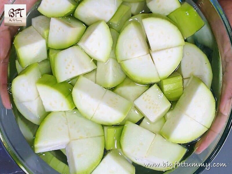 Preparation of Quick Goan Dudhi Ros